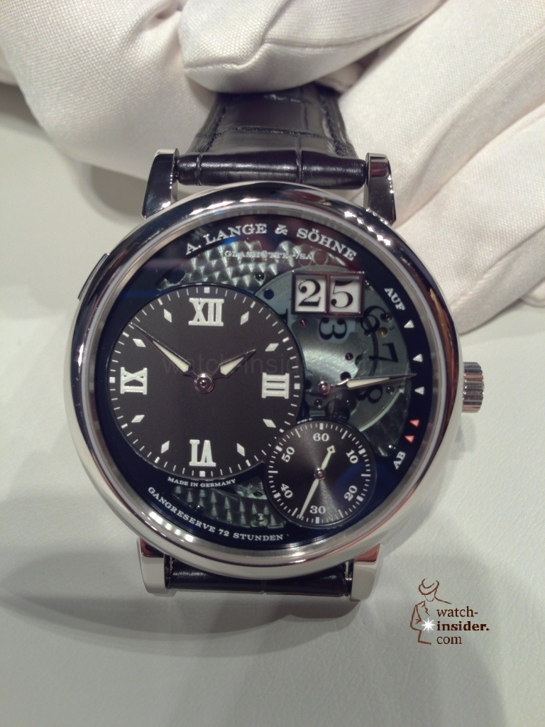 www.watch insider.com | news  | A very first view at the brand new A. Lange & Shne Grosse Lange 1 Lumen | 20121207 164645