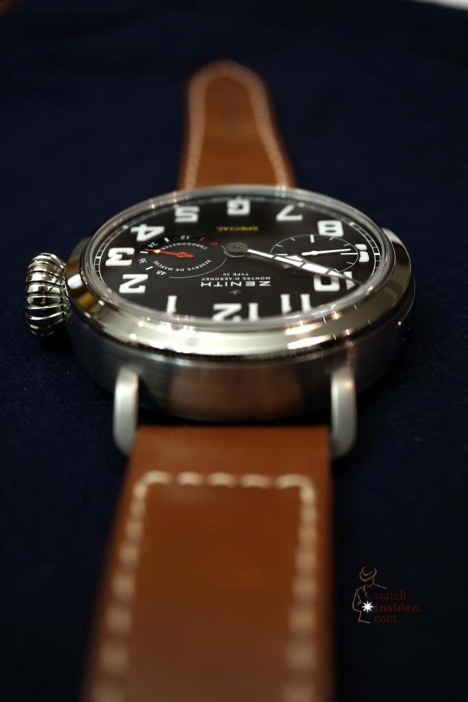 www.watch insider.com | videos reportages  | Hands on the Zenith Pilot Montre d'Aéronef Type 20 | DSC0619 683x1024
