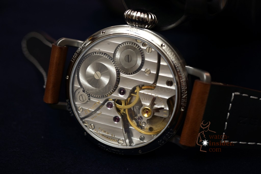 www.watch insider.com | videos reportages  | Hands on the Zenith Pilot Montre d'Aéronef Type 20 | DSC0648 1024x683