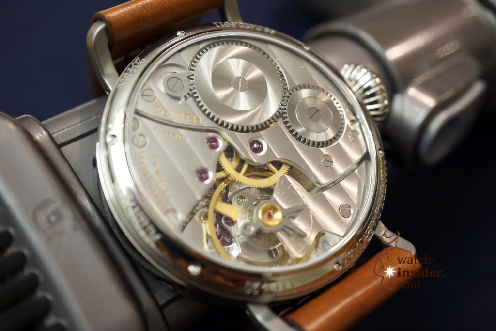 www.watch insider.com | videos reportages  | Hands on the Zenith Pilot Montre d'Aéronef Type 20 | DSC0650 1024x683