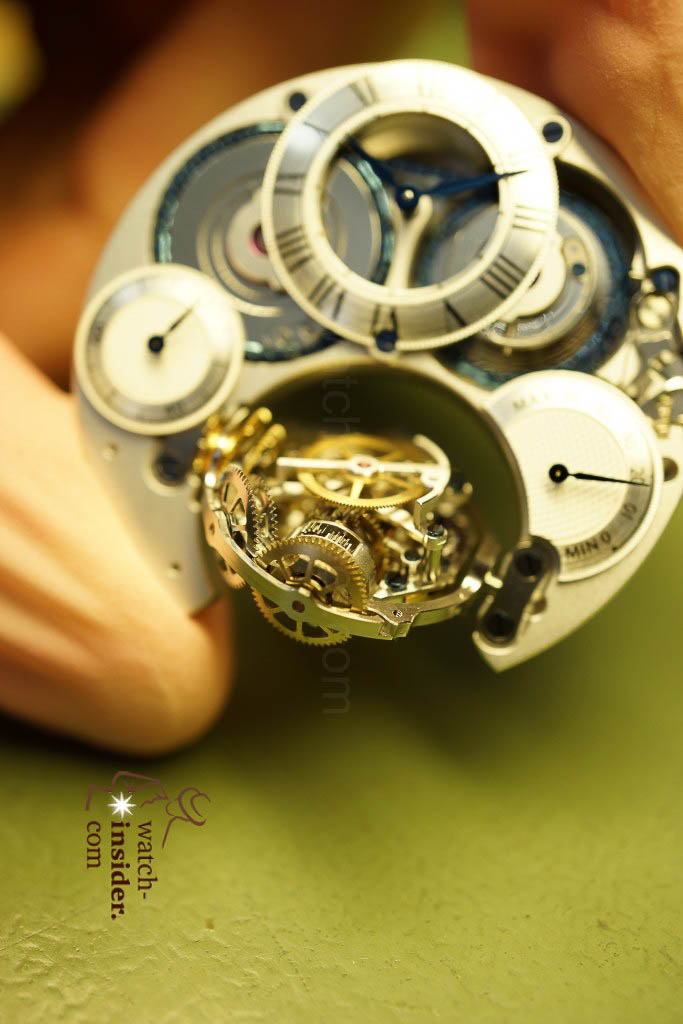 www.watch insider.com | reportages  | My insight view of Zenith ... Part 10 of 11 … Follow me on a tour through the Manufacture in Le Locle | 06 Zenith Ebauche 10 e1357292532585 683x1024