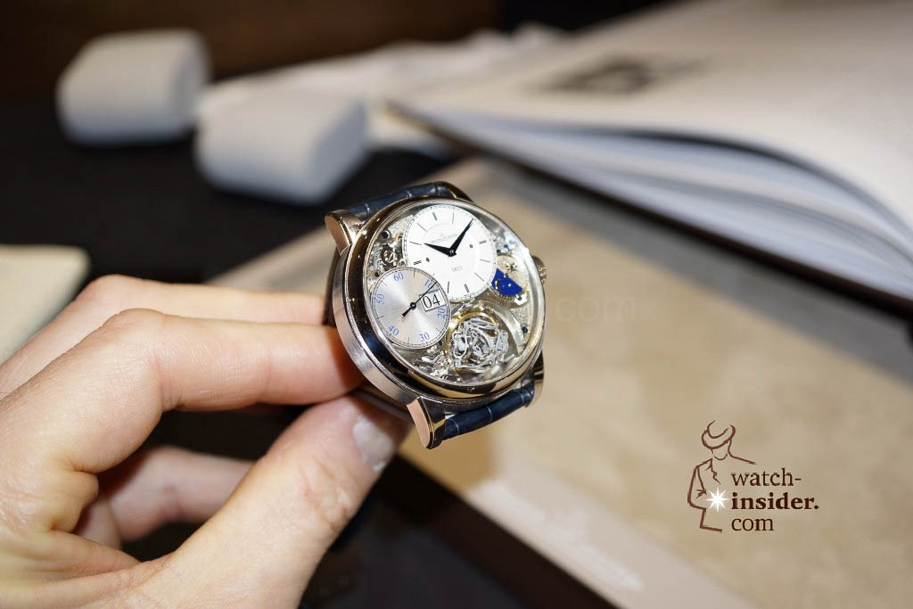 www.watch insider.com | reportages news  | Jaeger LeCoultre SIHH Novelties 2013 presented by CEO Jerome Lambert | DSC1129 1024x683