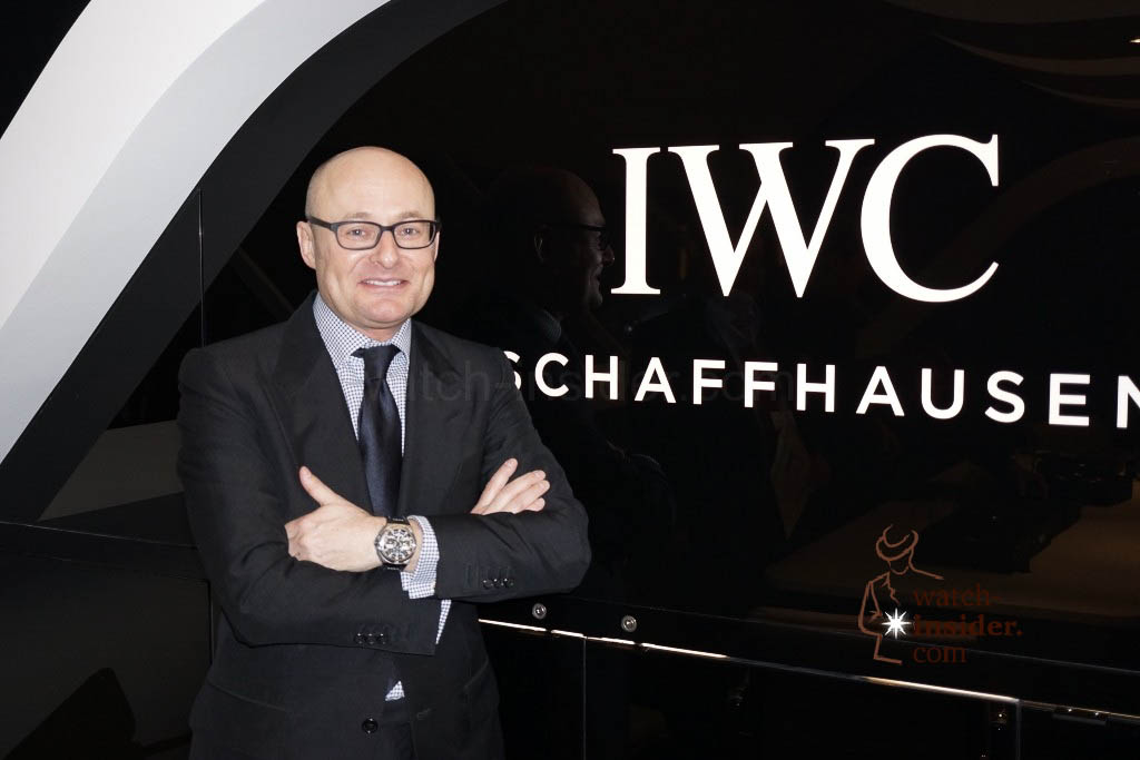 www.watch insider.com | reportages news  | IWC CEO Georges Kern showing me the Ingenieur Constant Force Tourbillon | DSC1568 1024x683