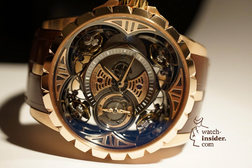 www.watch insider.com | reportages news  | Here comes a cool video and cool pictures! Jean Marc Pontroué, CEO Roger Dubuis, showing me the Excalibur Quatuor.  | DSC1660 1024x683
