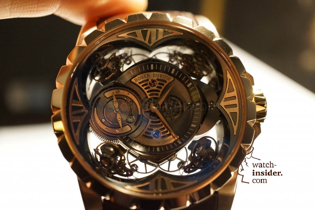 www.watch insider.com | reportages news  | Here comes a cool video and cool pictures! Jean Marc Pontroué, CEO Roger Dubuis, showing me the Excalibur Quatuor.  | DSC1669 1024x683
