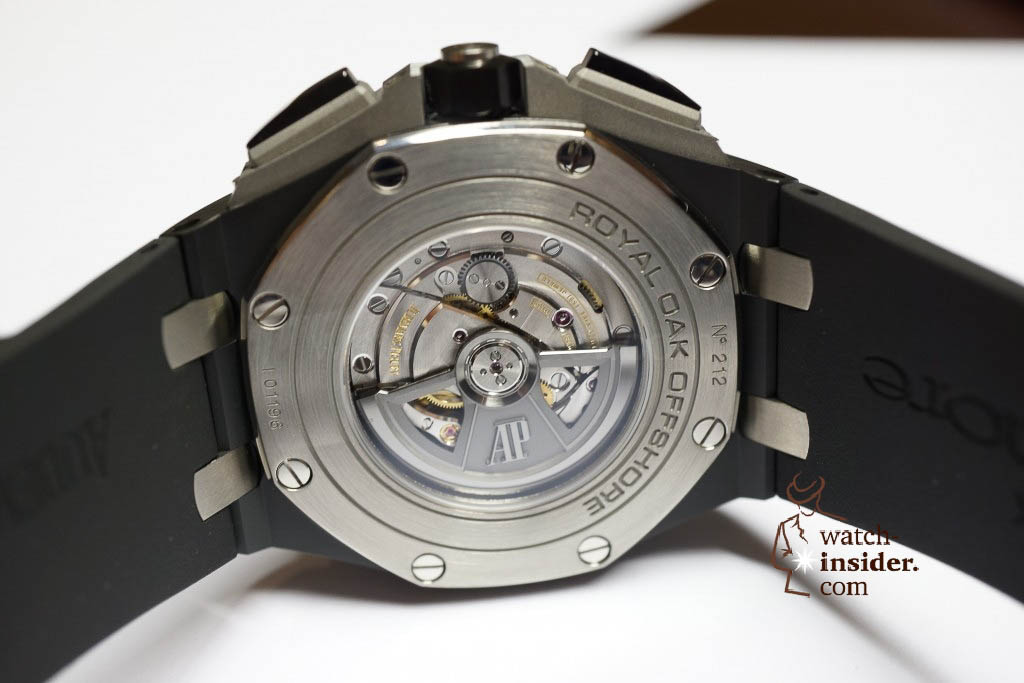 www.watch insider.com | news interviews  | Claudio Cavaliere, head of product management at Audemars Piguet, showing me the SIHH 2013 novelties. | DSC1750 1024x683