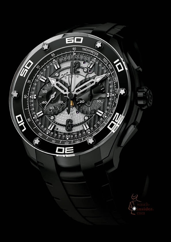 Roger Dubuis_Pulsion-Chronograph-in-black-titanium