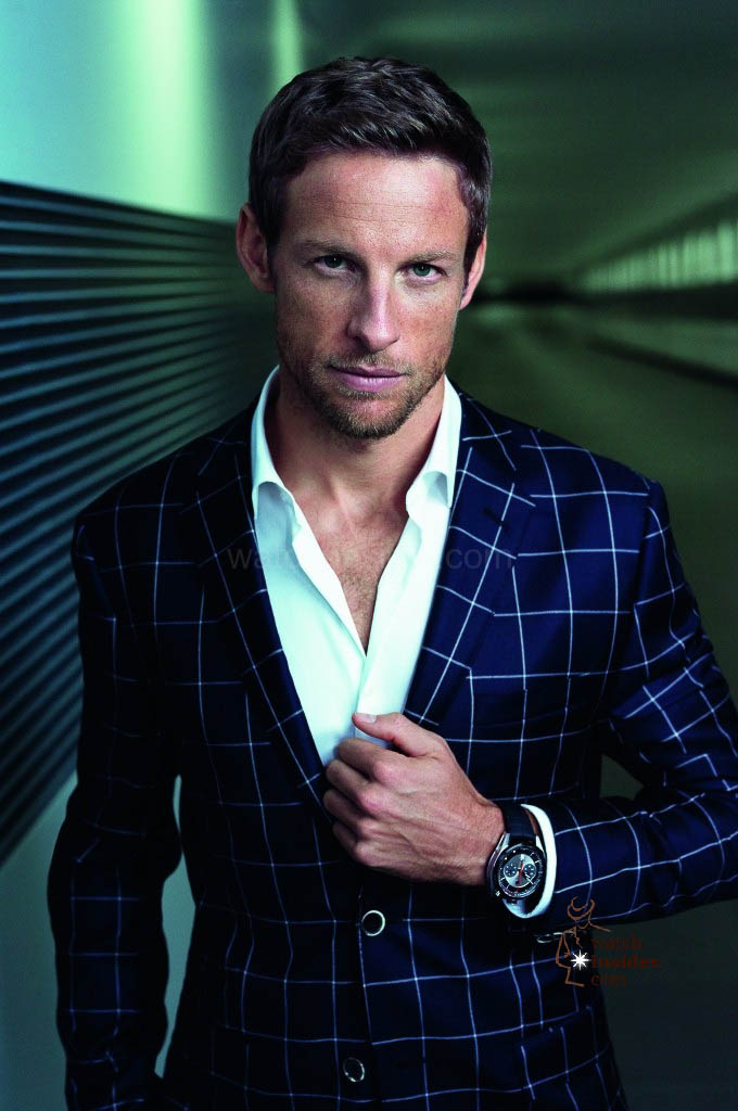 www.watch insider.com   reportages    TAG Heuer – 50 years of Carrera   Jenson Button Portrait TAG Heuer 2013 CAR2C11.FC6327  680x1024