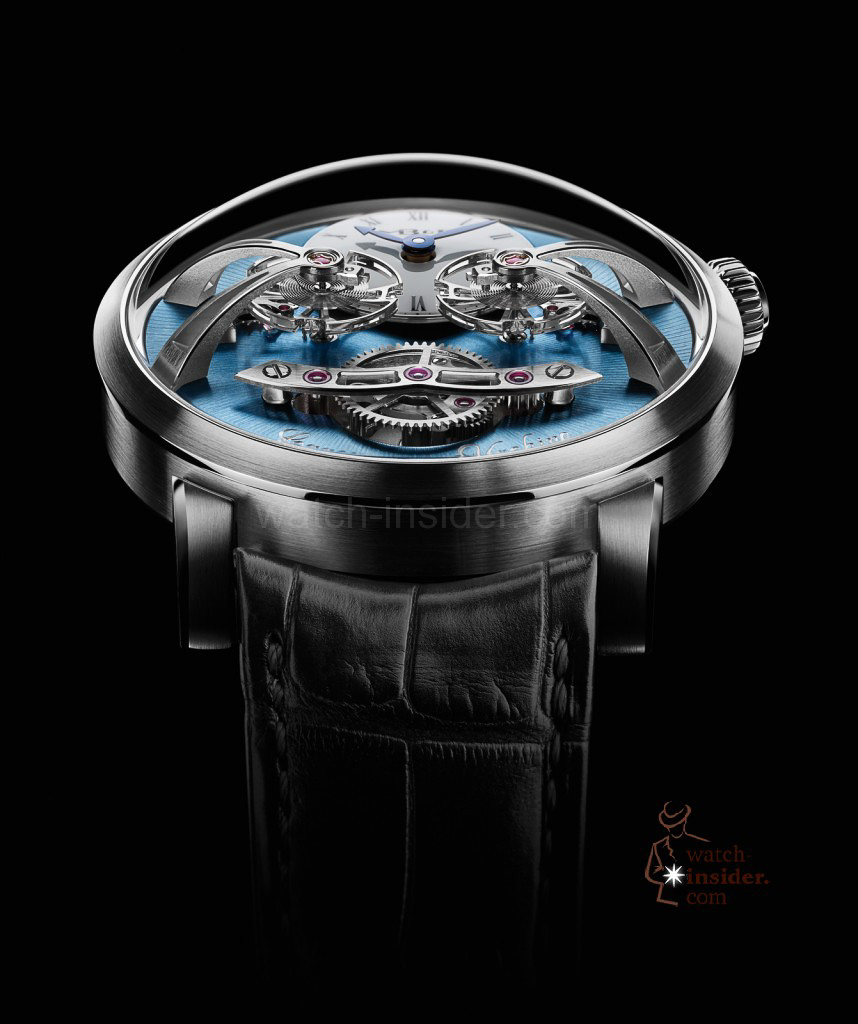 www.watch insider.com | videos reportages news  | Max Büsser strikes again! Have a look at the MB&F Legacy Machine No. 2 | LM2 P Face Lres 858x1024